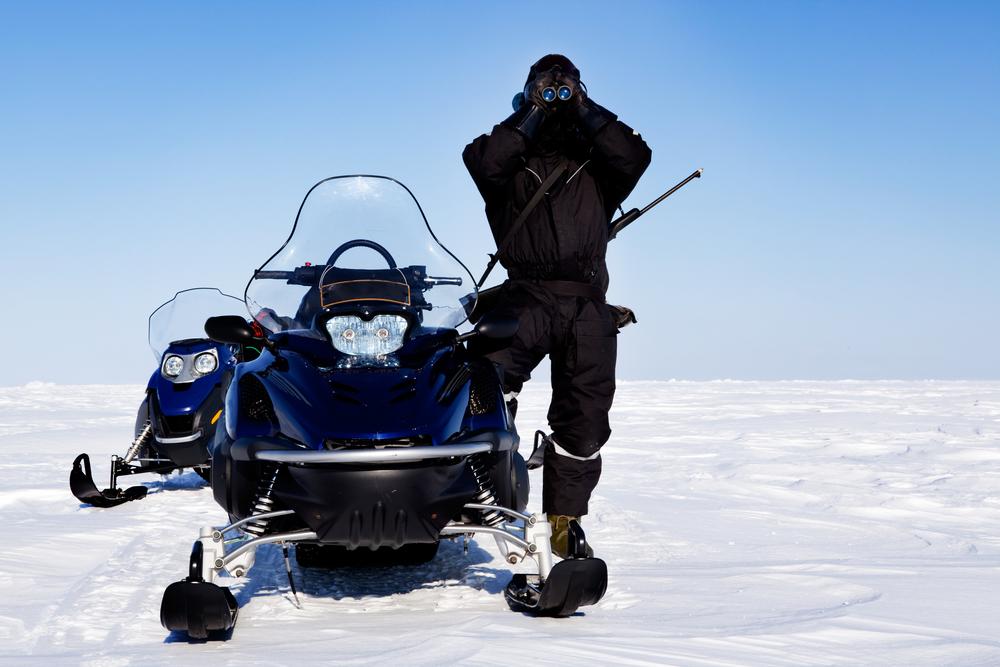 Hľadáte nové výzvy? Vyskúšajte jazdu na snežnom skútri!